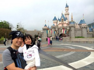 A must-have photo pop with Sleeping Beauty's castle, nevermind the drizzle.